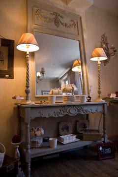 boutique de d coration bessieres toulouse tapissier toulouse atelier de d coration toulouse. Black Bedroom Furniture Sets. Home Design Ideas